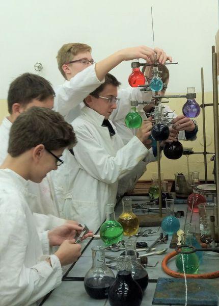 chemický-kroužek-12